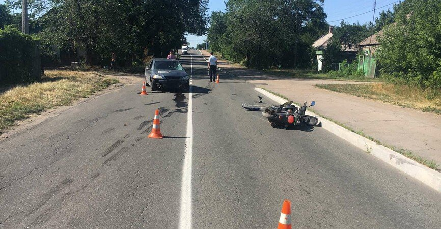 В Енакиево в ДТП пострадал водитель мопеда, фото-1