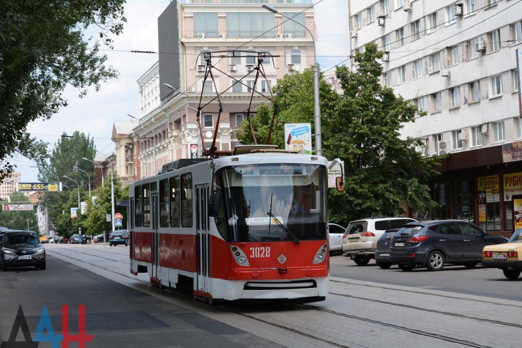 Капитальный ремонт с 2014 года прошли свыше 160 трамваев и троллейбусов в ДНР, фото-1
