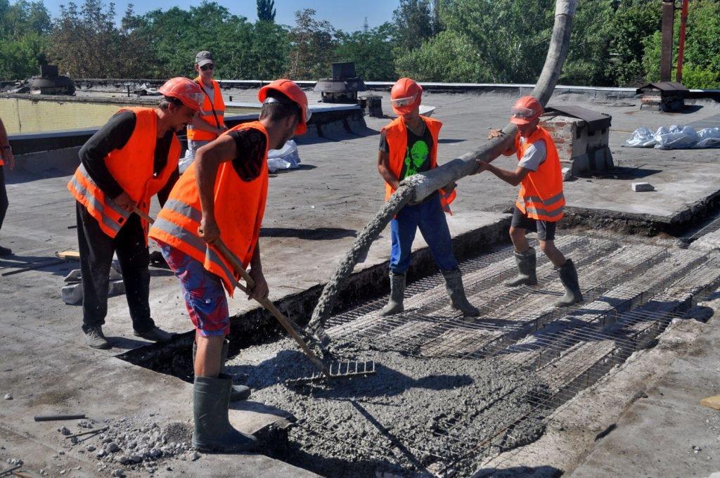 Успехи строителей в восстановлении Республики отметил глава ДНР по случаю профессионального праздника, фото-1