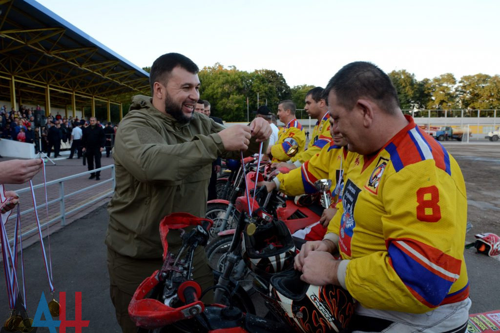 На турнире по мотоболу в Енакиево, победителям награды вручил лично Глава ДНР, фото-1