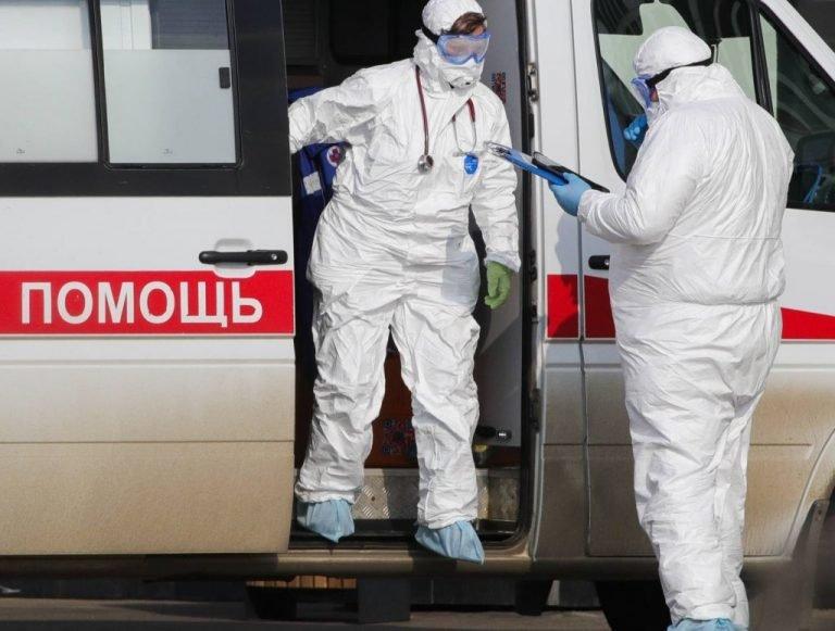 В ДНР задействованы в борьбе с COVID-19 почти 3000 врачей , фото-1