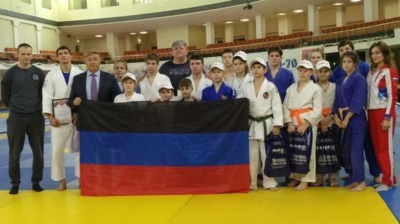На турнире в РФ два комплекта медалей взяли юные дзюдоисты из ДНР, фото-1