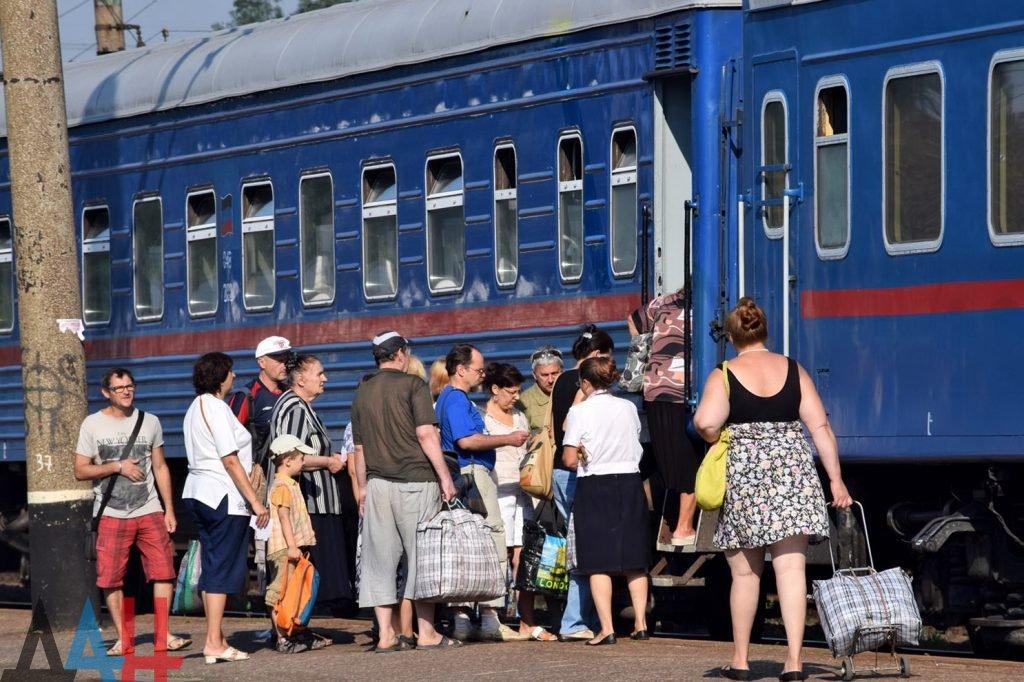 С 1 июля возобновится железнодорожное сообщение между Республиками Донбасса, фото-1